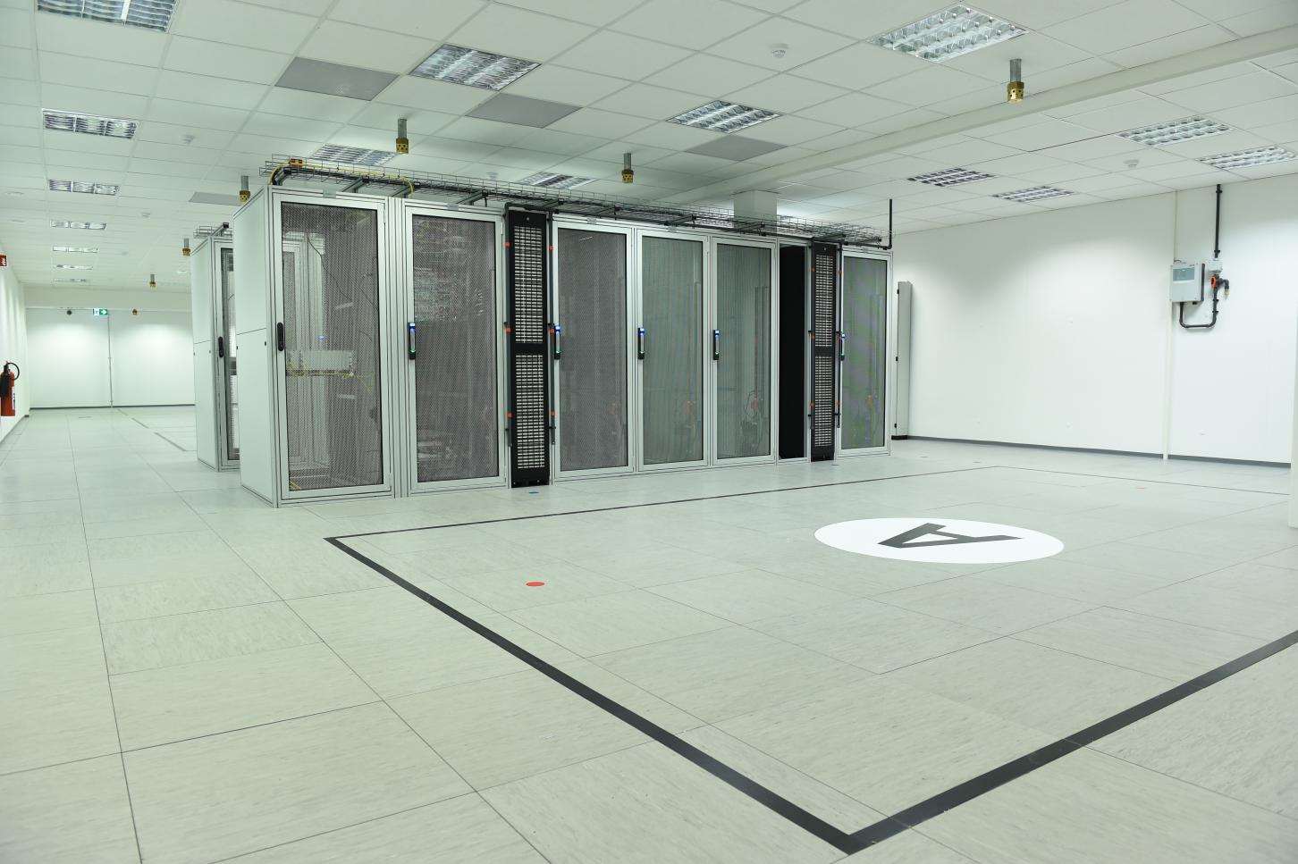 TeleData CENTER - Cold Aisle Containment